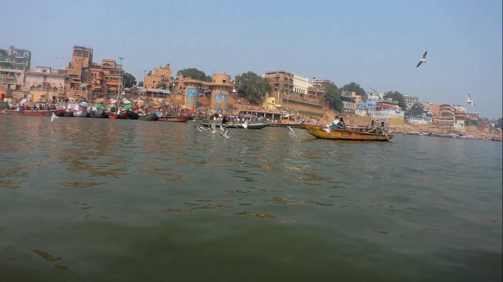Nov 16, 2018, Bye Varanasi, hello cracked rib