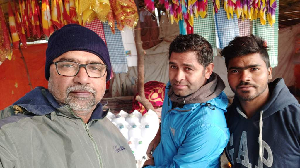 Chandru and Raghu with Golu our host at Kaithi